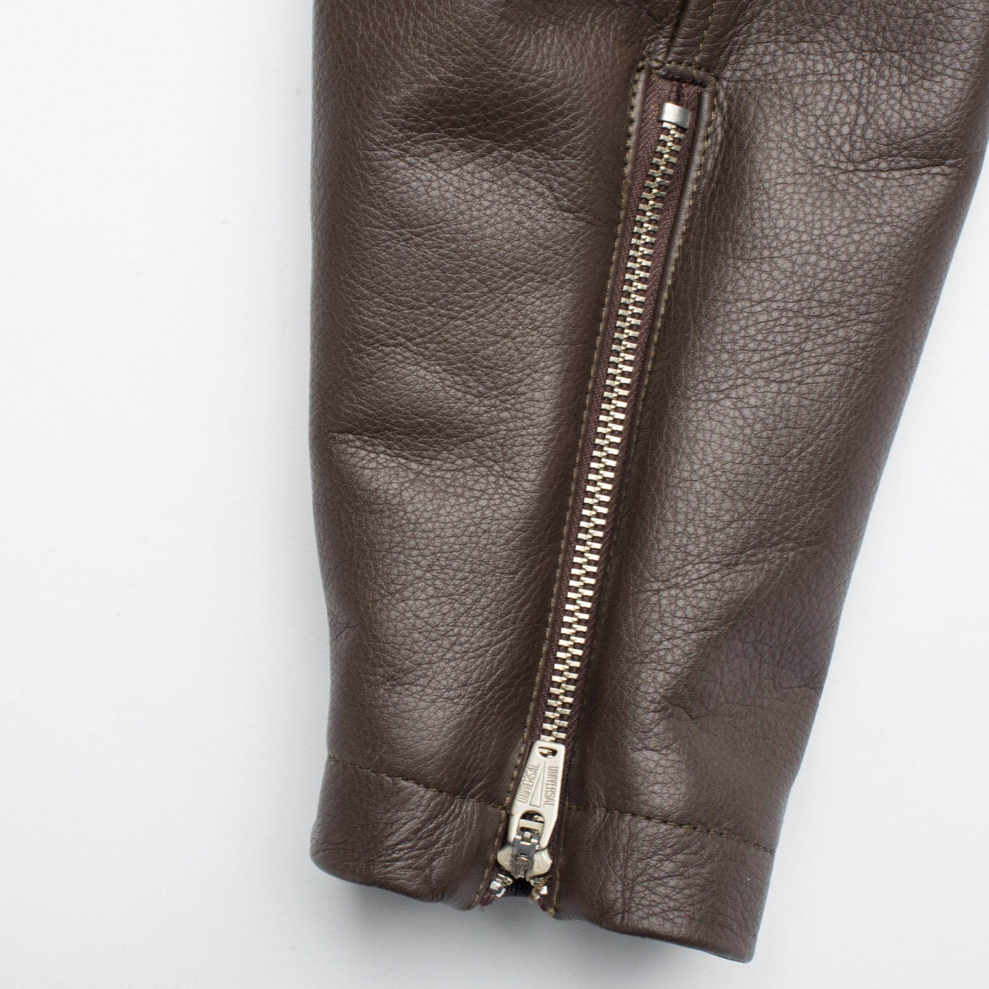FJ1 Brown Leather Sleeve Zipper