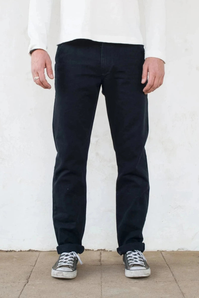 Workers Chino Slim Fit black front profile