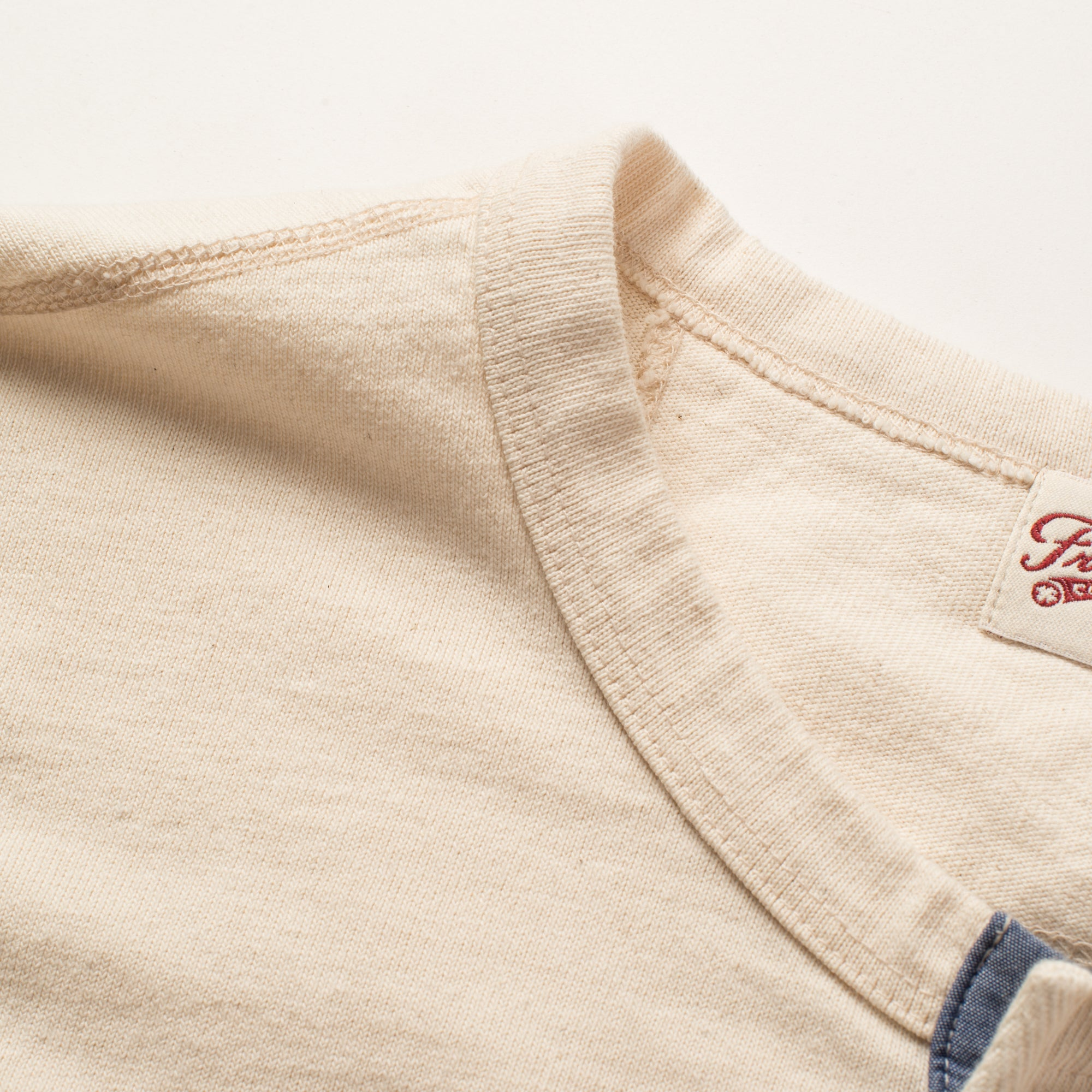 13 OUNCE HENLEY NATURAL Collar