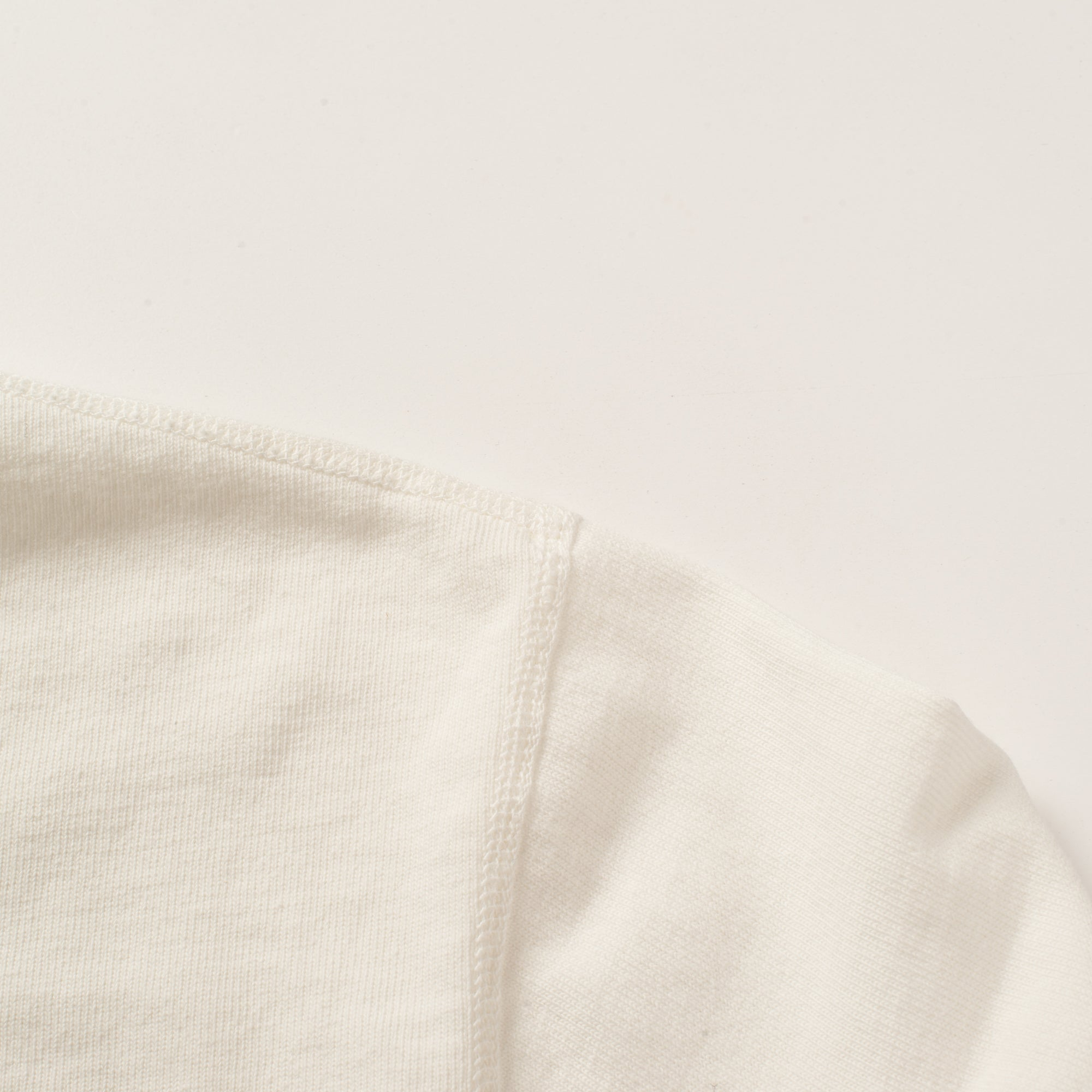 13 OUNCE HENLEY WHITE Shoulder