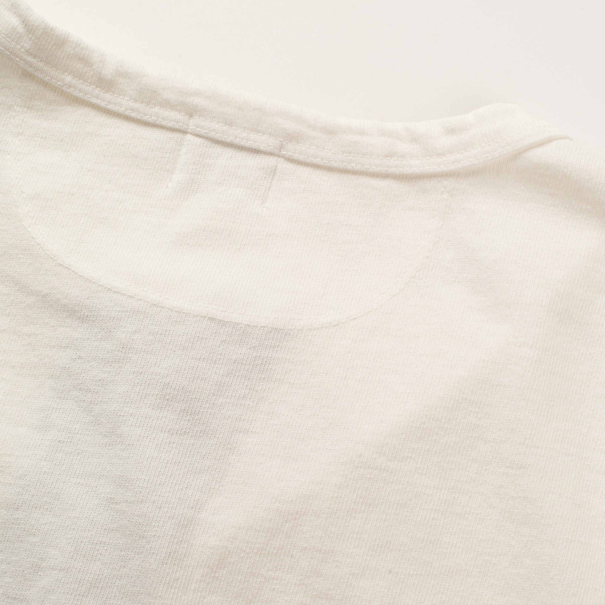 13 OUNCE HENLEY WHITE Upper Back