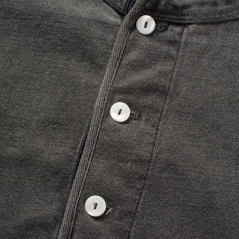 13 OUNCE HENLEY MIDNIGHT buttons