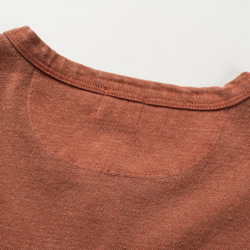 13 OUNCE HENLEY RUST Upper Back