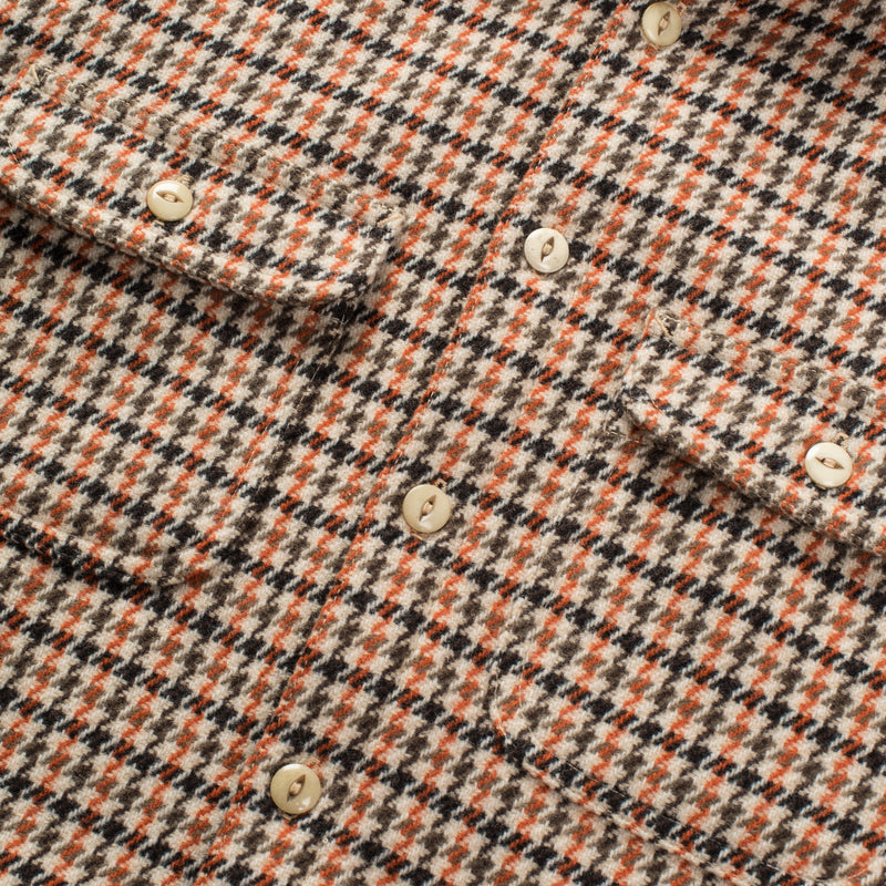 Alta Houndstooth front detail