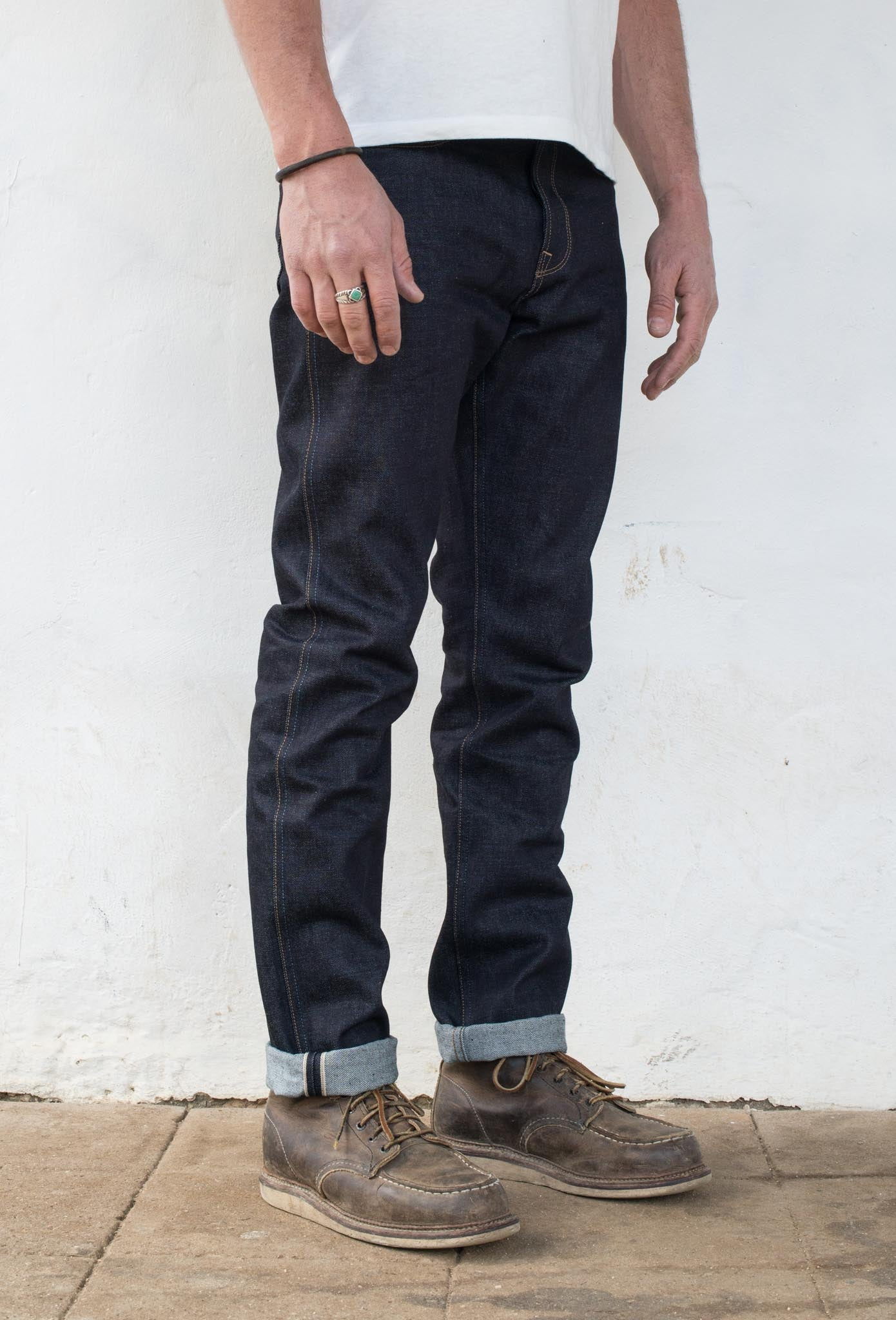 Rios Slim Straight - 14.50 oz Kaihara Denim On Model 3/4 Side