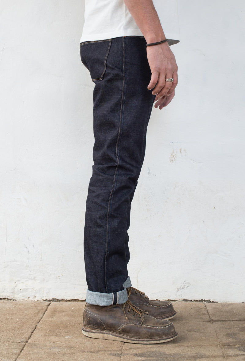 Rios Slim Straight - 14.50 oz Kaihara Denim On Model Side