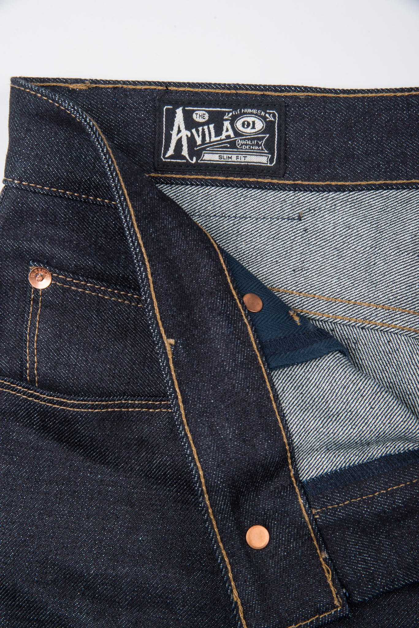 Avila Slim Taper <span> 14.50 ounce Kaihara Denim</span>
