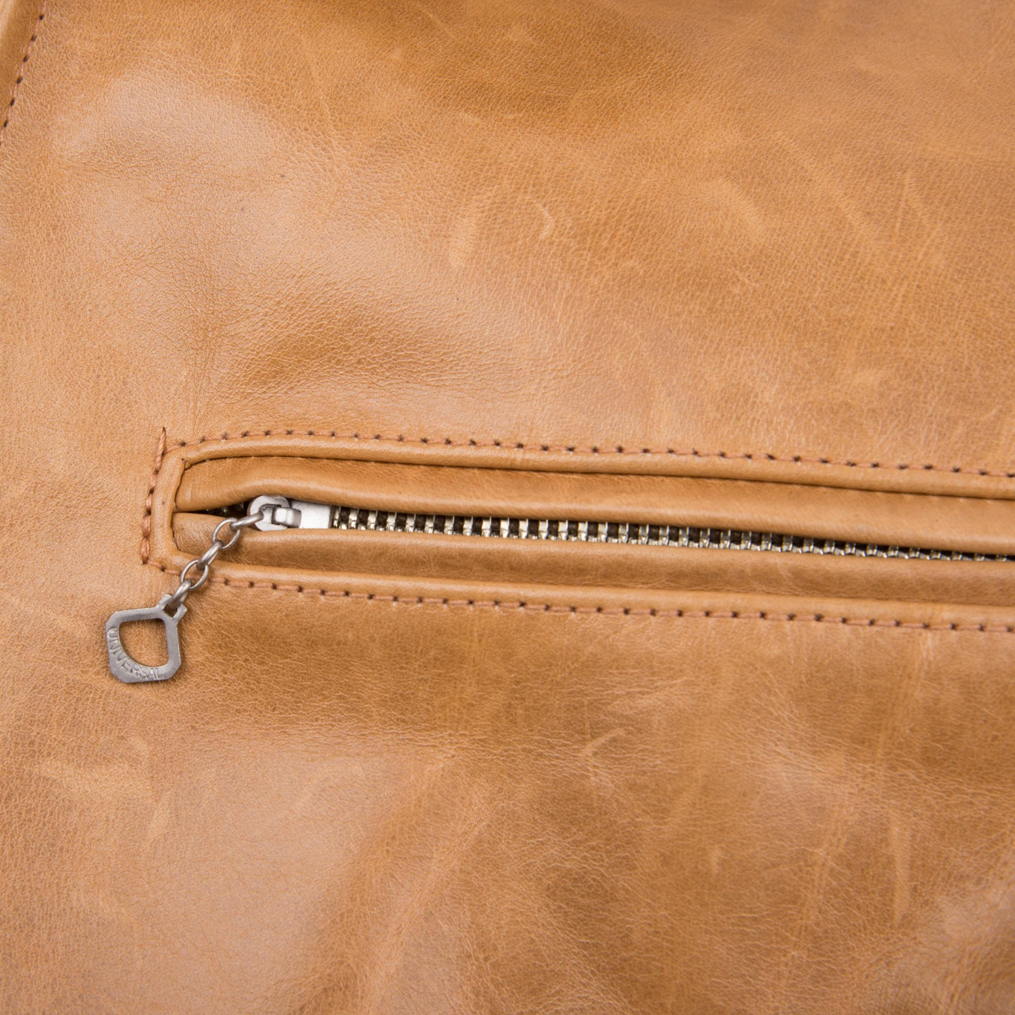 FJ-2  <span>Nautural Leather</span>