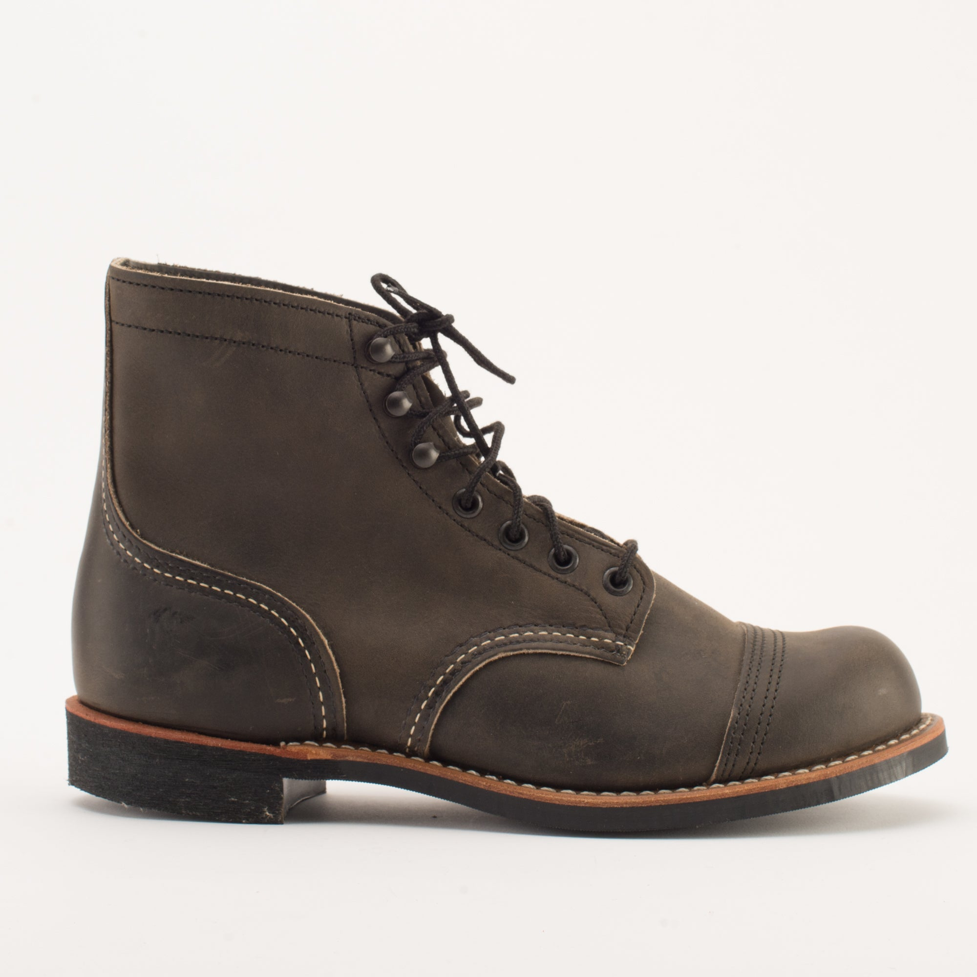 Red Wing Iron Ranger <span>Charcoal Rough & Tough</span>