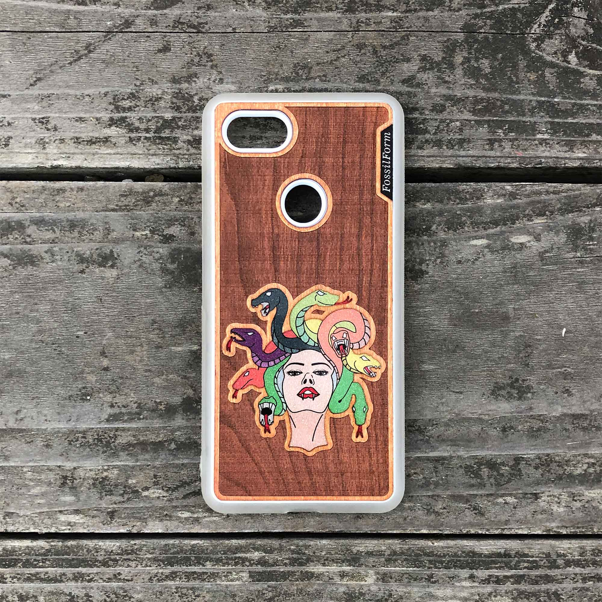 Medusa - Engraved Wood & Resin Case - White
