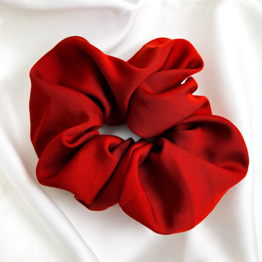 Large Rouge Bamboo Silk Scrunchie