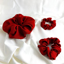 Load image into Gallery viewer, Skinny Rouge Scrunchie