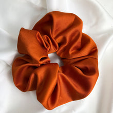 Load image into Gallery viewer, Large Spice Scrunchie