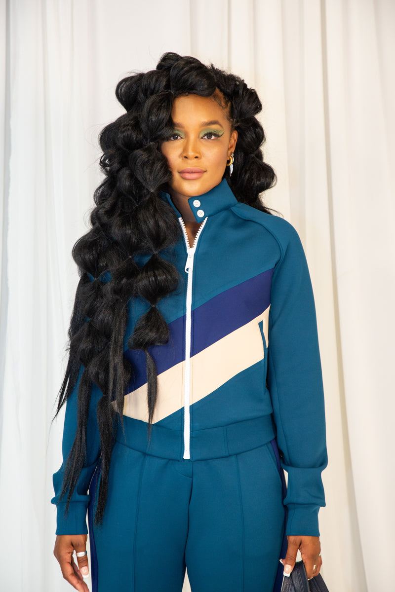 Diagonal stripe track suit with button collar