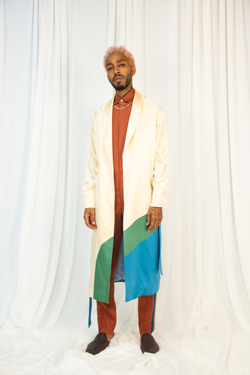Curved Color Blocked 3/4 Robe in Silk