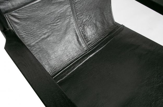 CHILL ARMCHAIR LEATHER BLACK
