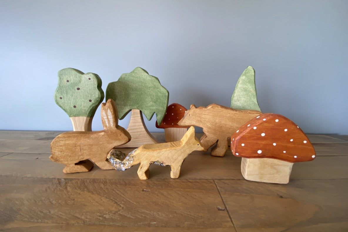 Wooden Woodlands Friends Family Pack