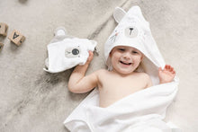 Load image into Gallery viewer, Bunny Hooded Towel (White) Wash Mitt Mister Fly