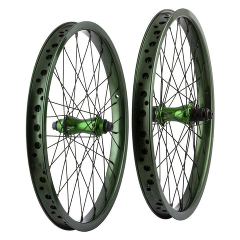 Bikers Base Simple 20 Zoll Kassetten BMX Laufradsatz RHD grün UVP 439,94€ - Bikers Base