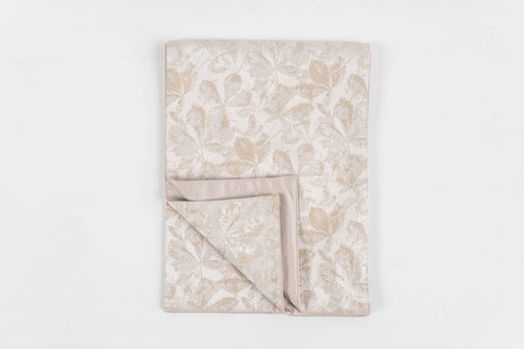 FALL LEAVES BEIGE TABLE RUNNER