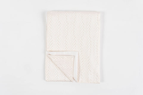 JOY PEARL TABLE RUNNER