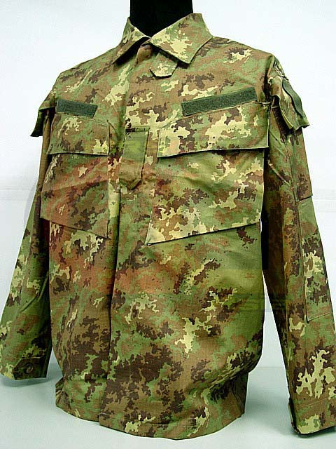 Italian Airsoft Digital Camo Woodland BDU Uniform Set S