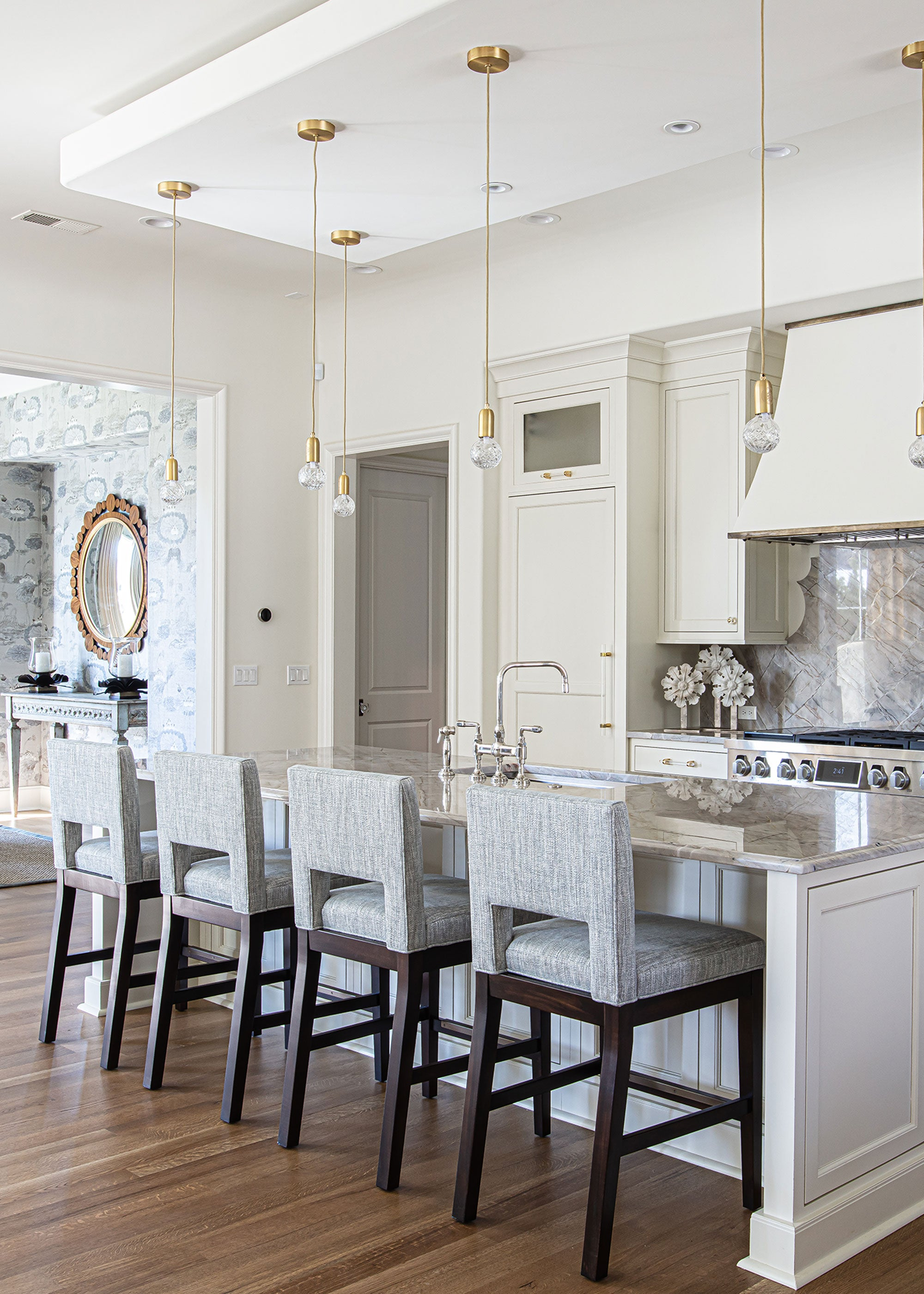 Kitchen Design with Wooster Lucite Bar Pull & Edgewood Geometric Clear Knob
