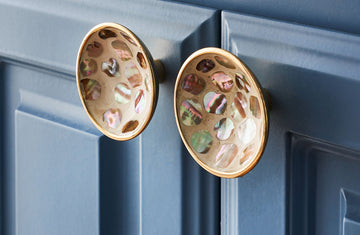 Williams Mother of Pearl Cup Knob