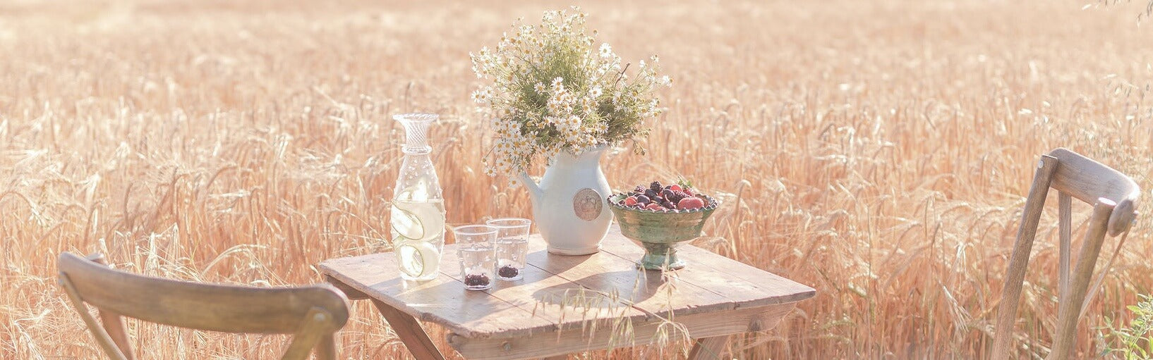 Issy Granger Glass Carafe Jug and Water Glasses | Flo Brooks Photography