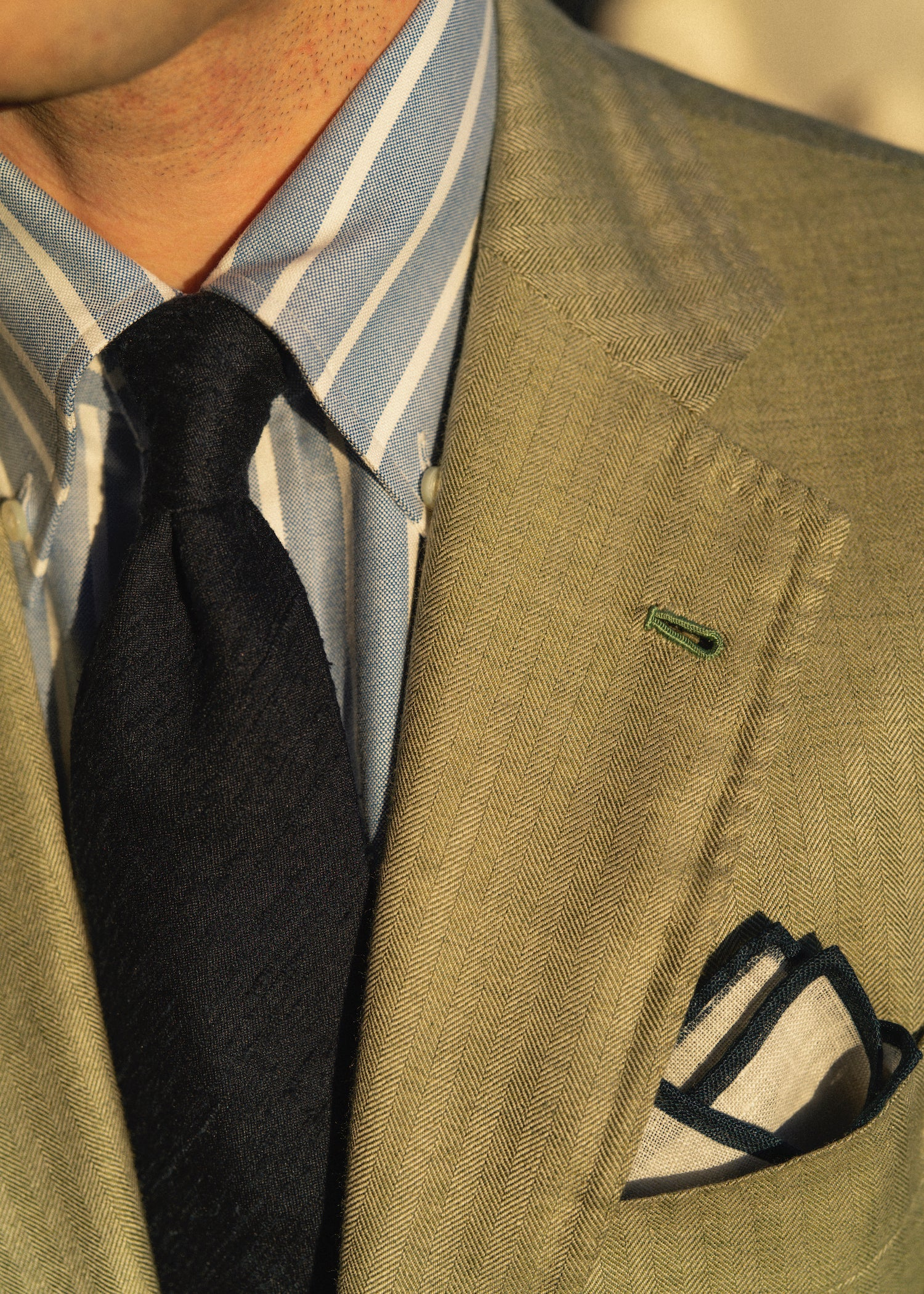 Handmade jacket with blue reverse striped oxford cloth button down shirt and navy shantung tie