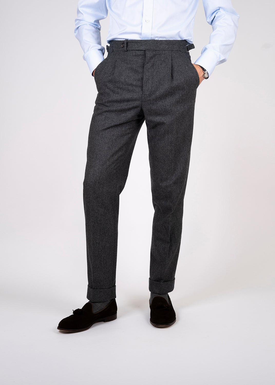High waisted trousers with single pleats