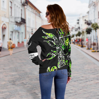 GREEN COUNTRY GIRL ON BLACK Shoulder Sweater