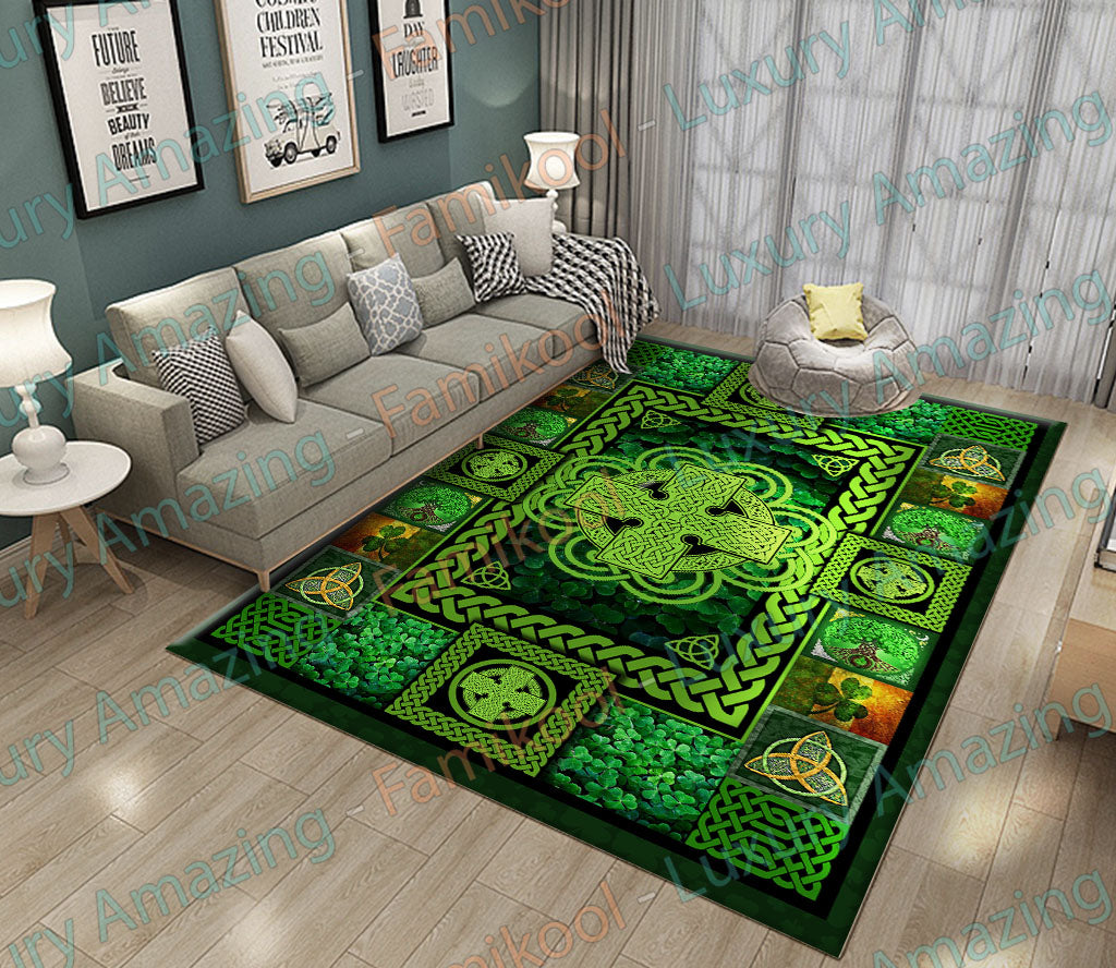 IRISH PRIDE SYMBOL OF LOVE RUG