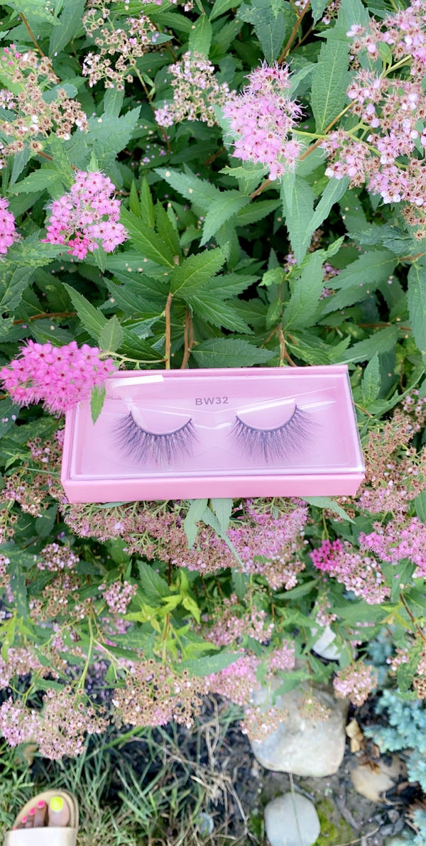 3D mink lashes and sunglasses 20%
