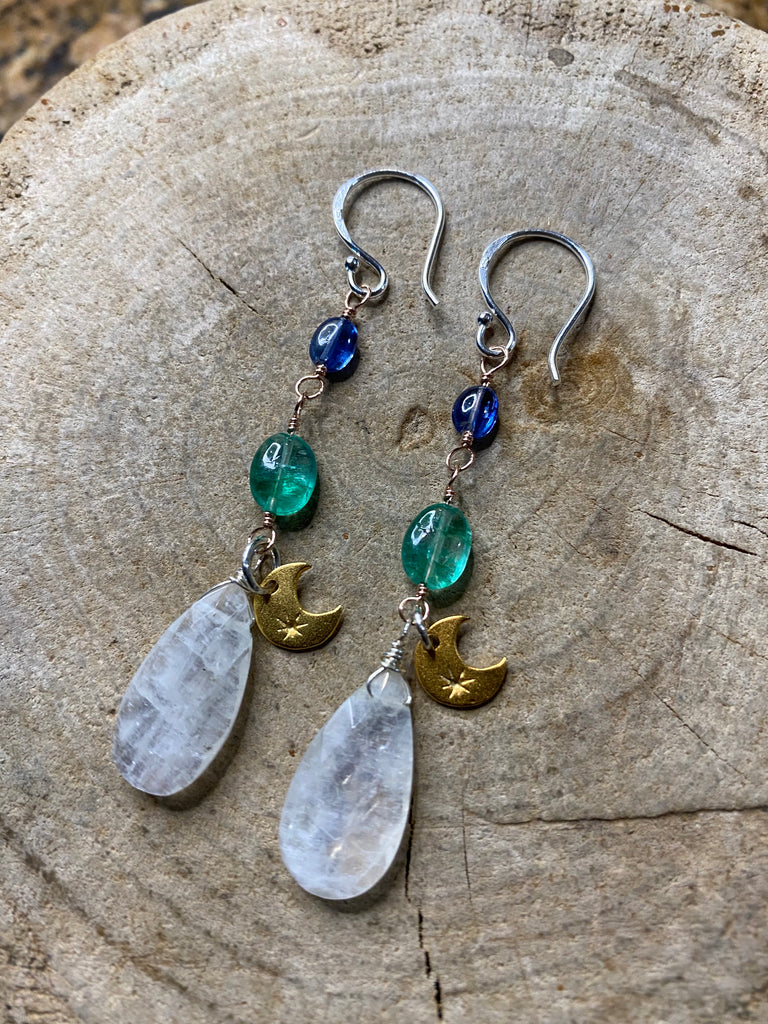 The Emerald Empress earrings No. 01