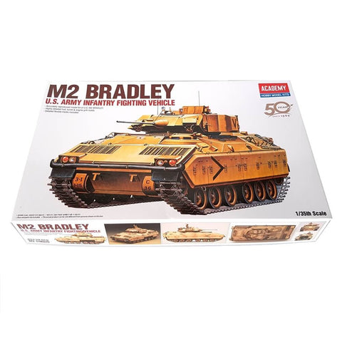 1:35 US Army M2 BRADLEY Infantry Fighting Vehicle - ACADEMY