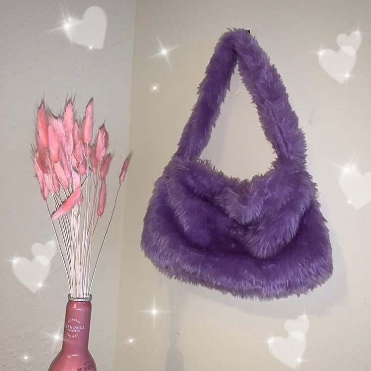 Fluffy grape shoulder bag