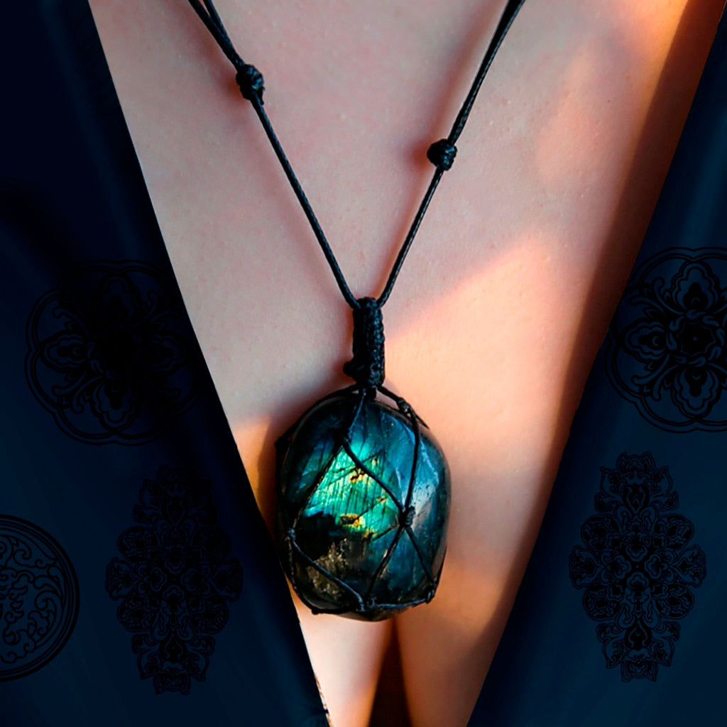Dragons Heart Natural Stone Labradorite Necklace