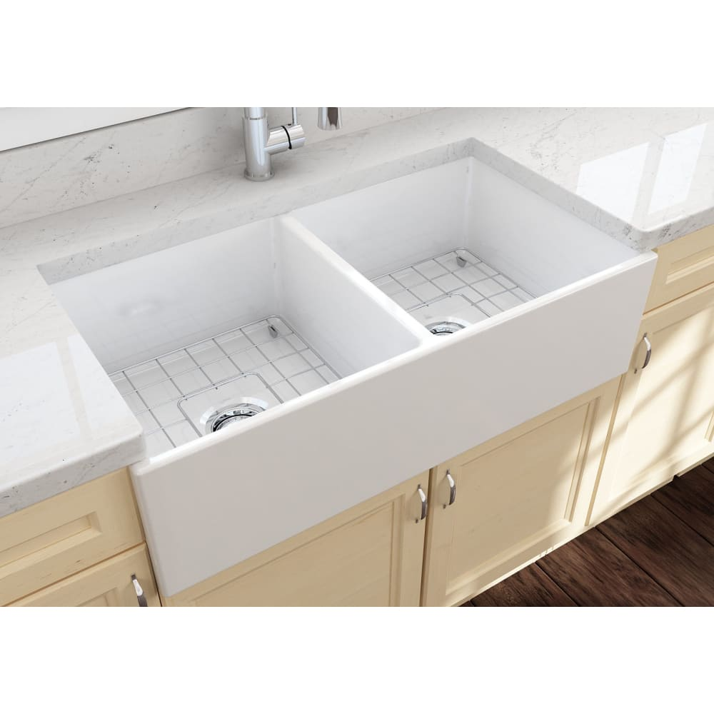 Farmhouse Sink Bocchi 1350-001-0120 36 Fireclay Apron