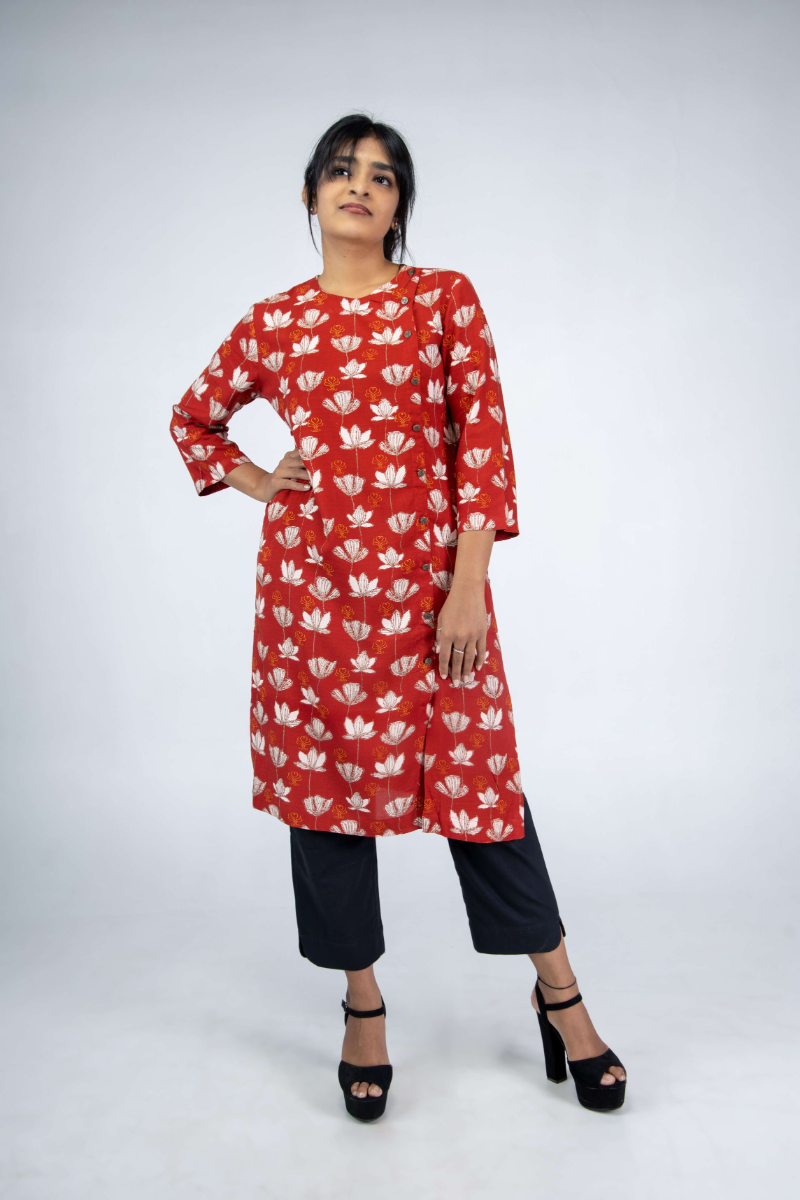 Women's Red Printed Kurti with Printed HFN Logo