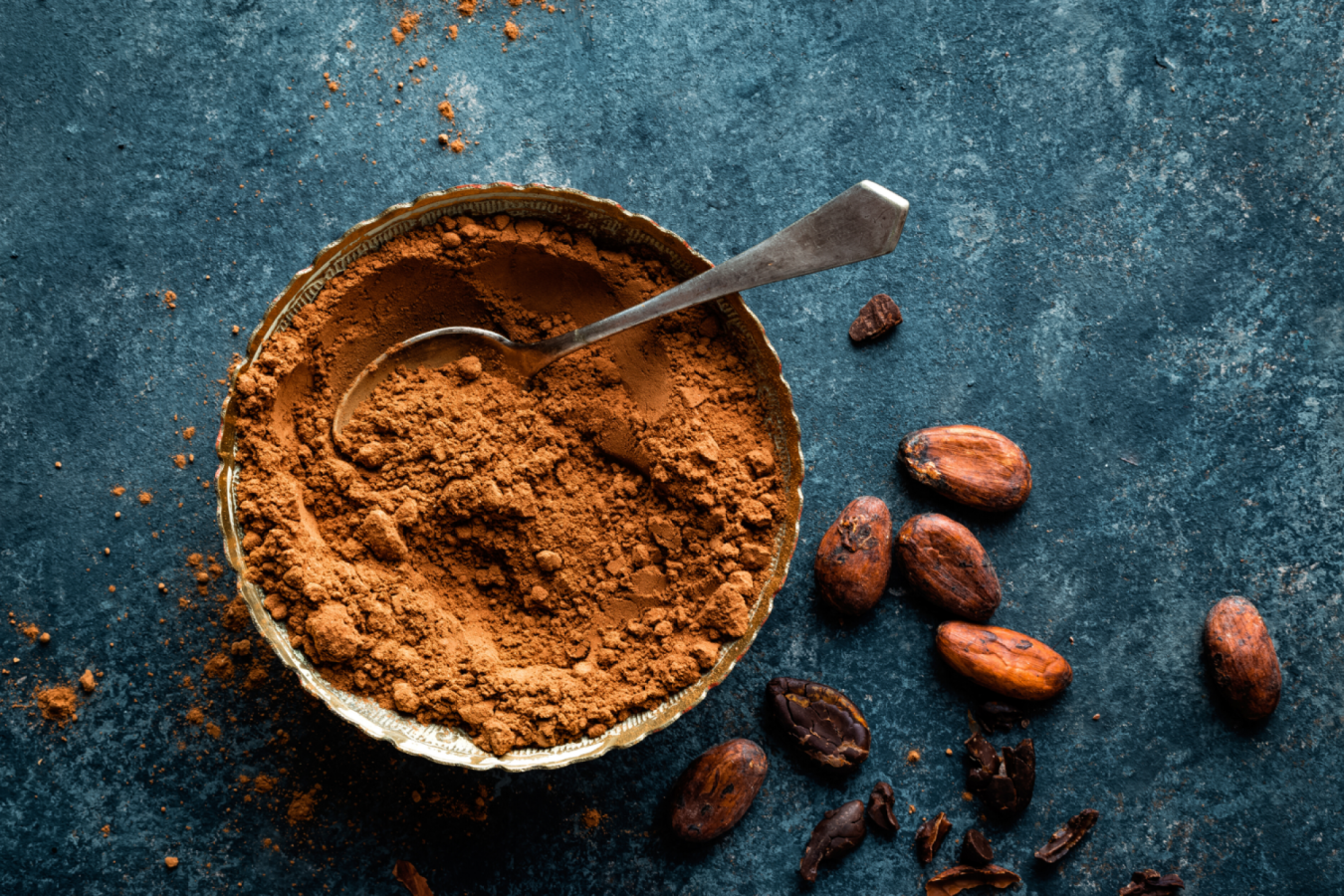Cacao Pods And Non-Alkalized Cocoa Powder