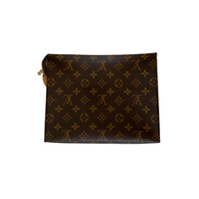 Load image into Gallery viewer, Louis Vuitton Toiletry 26