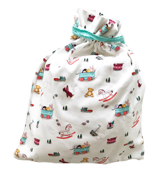 Hooded Towel & Drawstring Bag