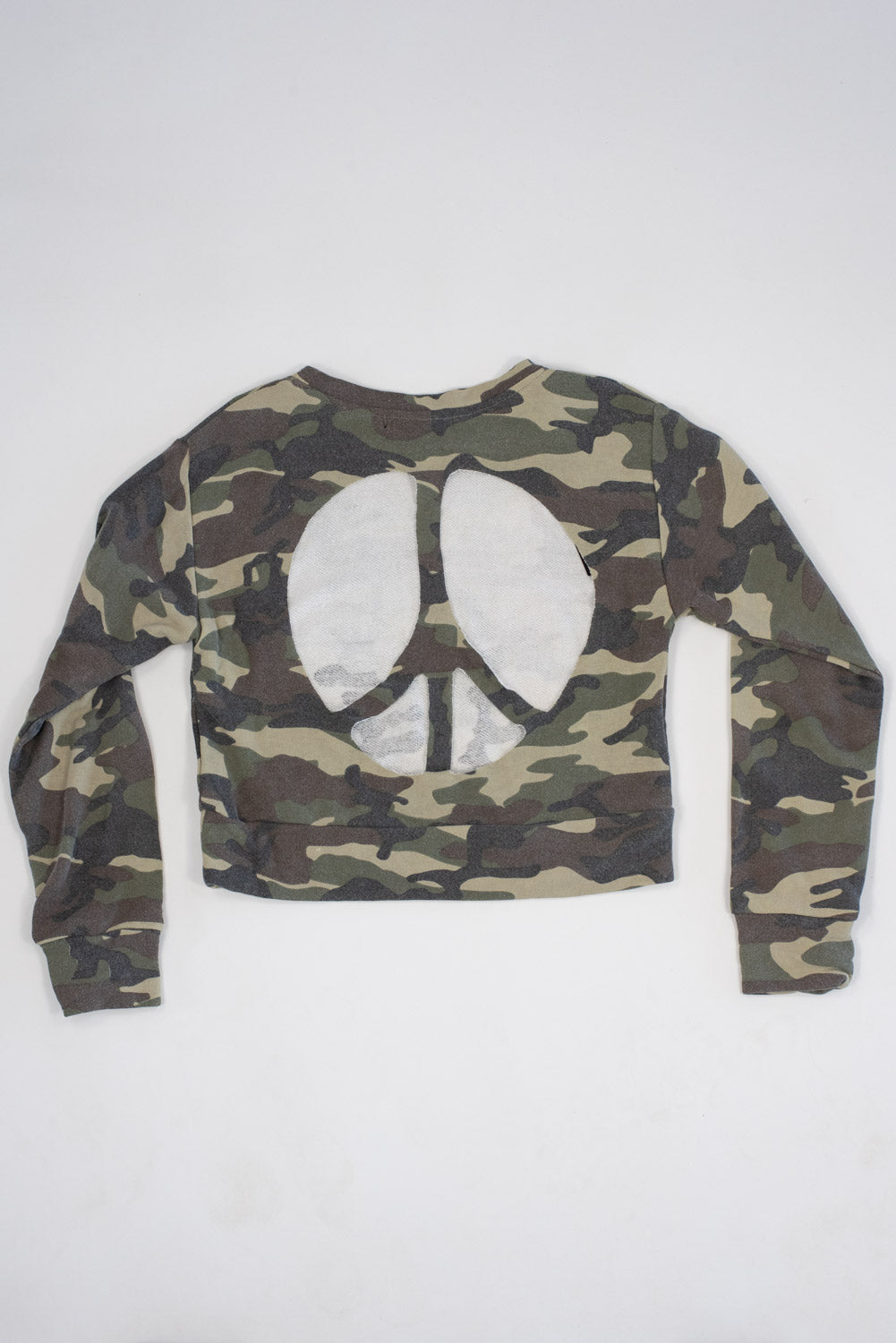 *Camo Peace Cut-Out Cropped Sweatshirt*