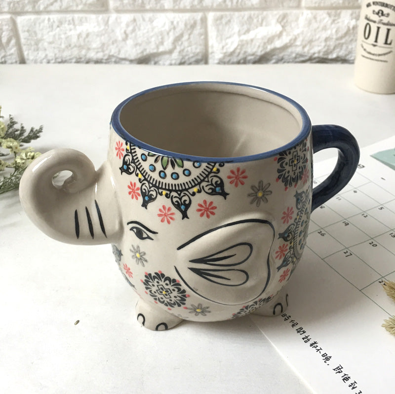 Retro Design Elephant  Mug