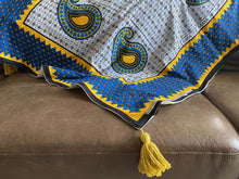 Load image into Gallery viewer, East African Swahili Urafiki Kanga Bamboo Blanket 2020/01
