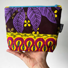 Load image into Gallery viewer, Umoja ZIPPY Bag 21/01