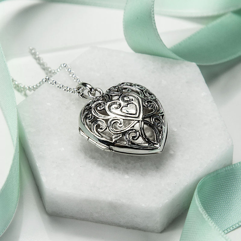 Silver Vintage Heart Locket