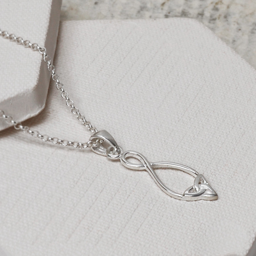 Sterling Silver Simple Celtic Loop Necklace
