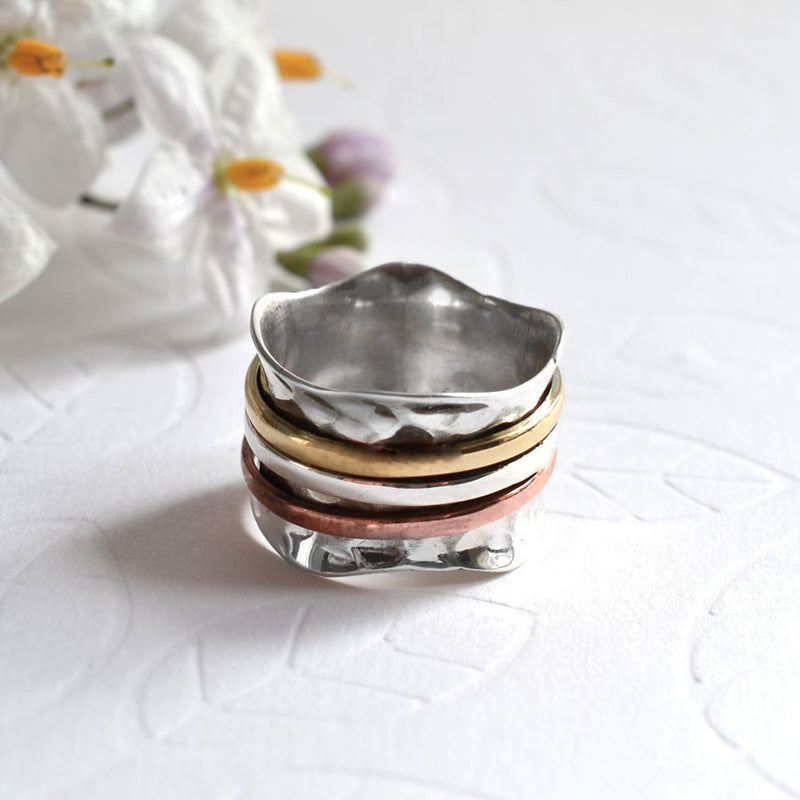 Mixed Metal Triple Scalloped Spinning Ring